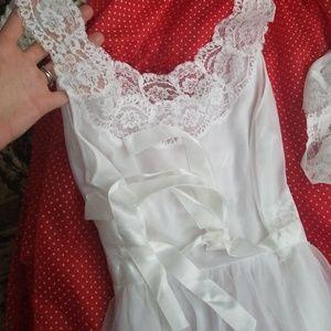 Vanity Fair Intimates   Sleepwear - RESERVED 1950s Vanity Fair Peignoir  Nightgown df040667a